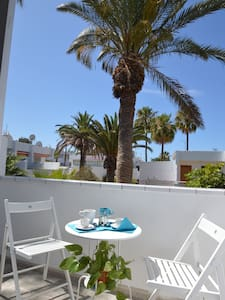 Lovely Apartment 300 meters from the Ocean - Apartment