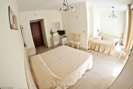 B&B San Sebastiano Holidays *** - Acireale - Bed & Breakfast