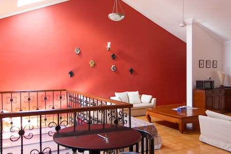 Central Apartment - Top Floor/Views - Panjim