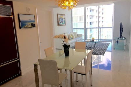 W Hotel Icon Brickell Luxury! - Apartamento