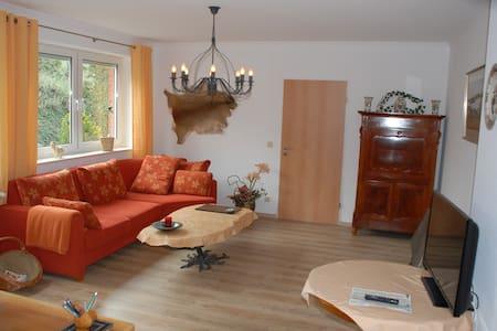 Wohlfühlapartment m. eigen. Zugang in Minden - Minden - Haus