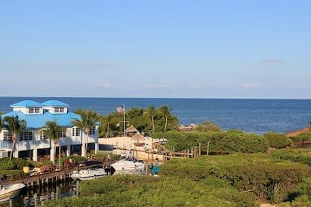 Ocean Pointe Suites Oasis 2BR - Kondominium