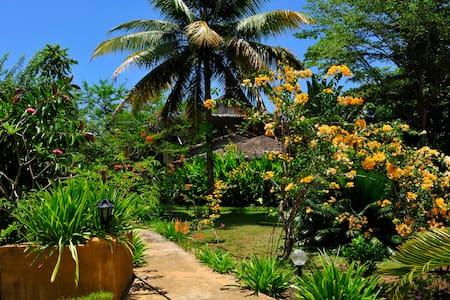 Grande villa avec Jardin Tropical - Nosy Be