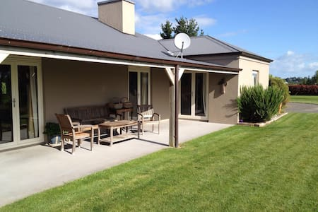 River'n'Range - Matamata - Bed & Breakfast