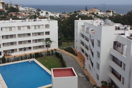 Seascape Apartment, Torrenueva - Appartement