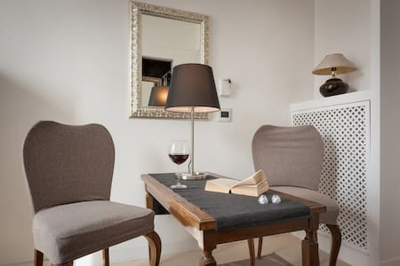 ROOM & TRANSFER SPECIAL OFFER...!! - Roma - Apartment