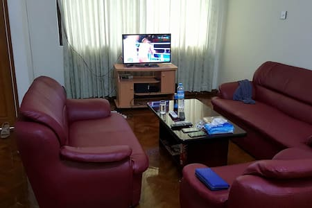 Clean and comfortable private room in Yangon - Yangon - Apartment