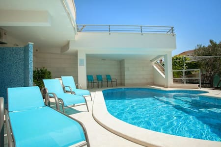 Studio Apartment Brela-Relax A6 - Apartment