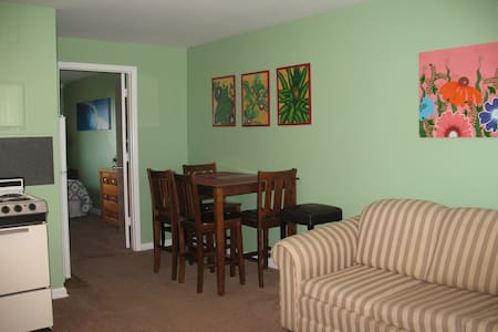Efficient 1 Bdrm, 1 Bath, Sleeps 6, Ocean View (5) - Appartement
