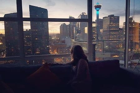A downtown view you cannot beat - Calgary - Apartment
