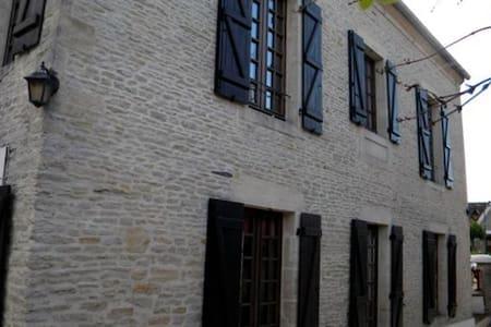 MAISON   PLAGES DU DEBARQUEMENT 110 m2 - Ver-sur-Mer