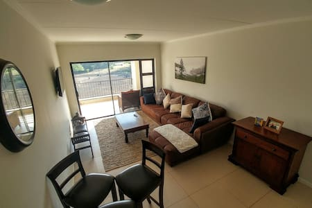 Secure and private apartment in Kyalami - Midrand - Flat