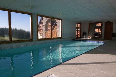 STATION T3 4/6P avec PISCINE, terrasse expo sud - Besse-et-Saint-Anastaise - Serviced apartment