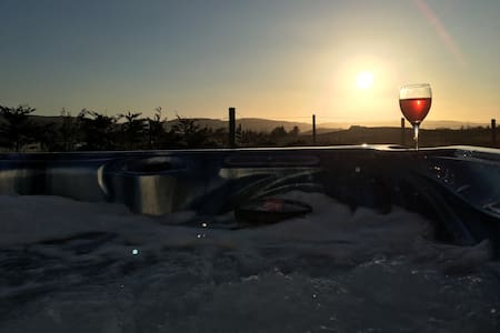 Self Catering B&B with Hot Tub - Dunvegan - Pousada