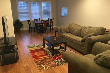Private Apartment in Smyrna - Smyrna - Ev