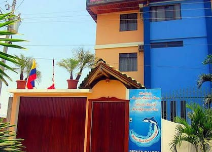 Manta Beach Inn - Lakás