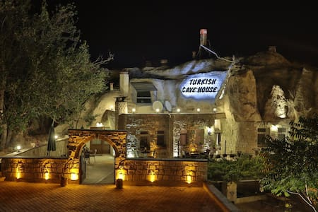 Turkish Cave House Hotel - Bed & Breakfast