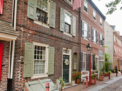 Colonial Gem w/Roofdeck in Rittenhouse, Sleeps 11 - Philadelphia