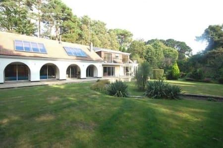 Branksome Wood House - Poole