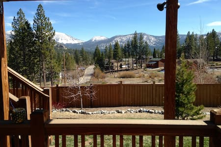 Entire floor, 1 or 2 bdrm unt w/tub - South Lake Tahoe - Cabin