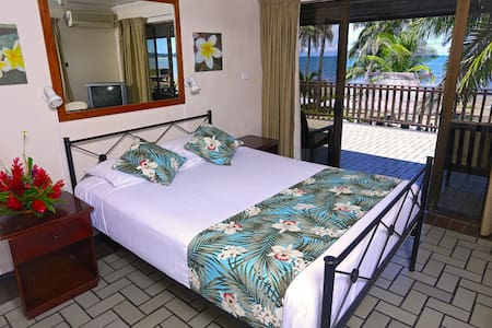 Aquarius On The Beach - Nadi - Bed & Breakfast