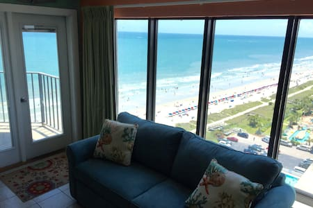 Oceanfront Autumn Discounts! - Apartment