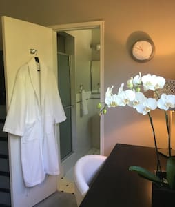 Lovely Private Room West Hollywood! - Apartamento