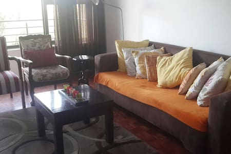 Secure, lock up and go fully furnished appartment - Edenvale - Lägenhet