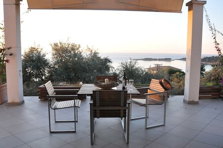 Modern villa with fantastic view! - Agios Andreas Korakochoriou