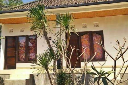 Trege by Art, bungalow in Uluwatu. - Casa