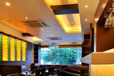 Hotel Shree Narayana - Udaipur - Bed & Breakfast