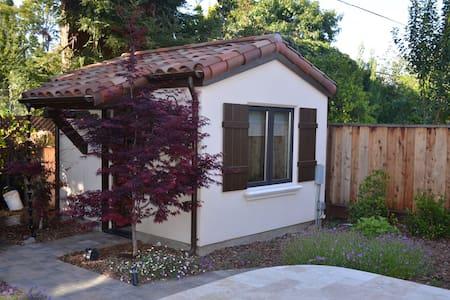 Charming cottage near Stanford - Palo Alto - Maison