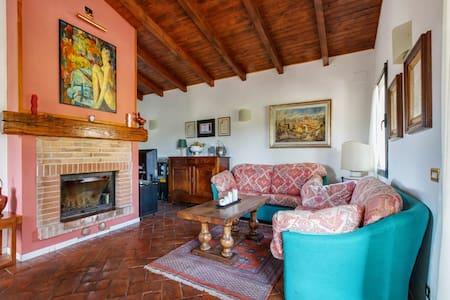 """Appartamento """"La Vigna"""" in Toscana - Casa"""