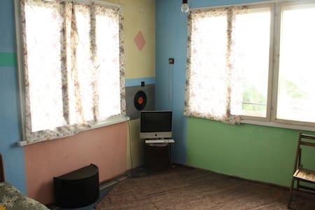 Villa Chereshora - Karavelovo - House