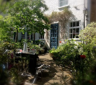 Secret Charlton Greenwich Borough Mews CoachHouse - Casa