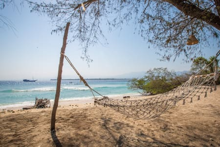 Beach Front Villa is one of the popular resort in Gili Meno, Lombok Utara. Beach Front Villa is located only a short walk from the beach and the villa concept is welcoming for a relaxing stay together.