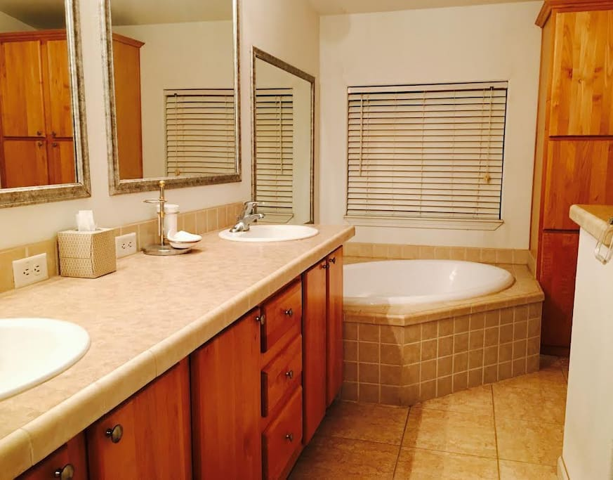 Spacious Master bath with tub and shower