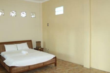 rumah swah ubud - Bali - House