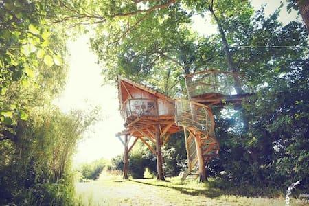 La Chouette Cabane - Oural - Pommerieux