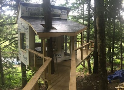 The Beaver Pond Treehouse - Appartement