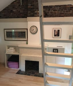 Carriage House Loft - Louisville - Loft