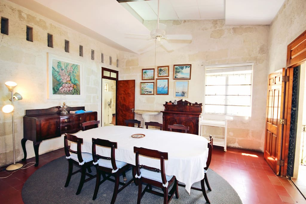 Clearwater - Dining room
