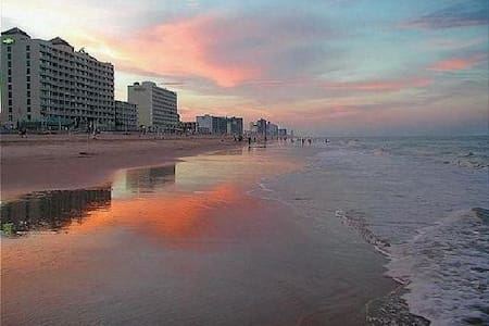 Comfortable & Cozy Private Beach Condo - Virginia Beach - Appartement en résidence