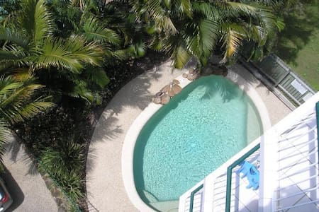 KINGS BCH 2 bed 2 bath 2 balconies 2 min to beach - Kings Beach - Apartemen