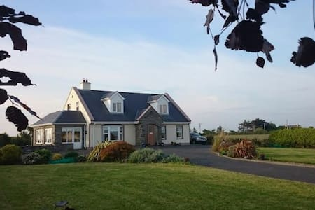 Atlantic Sunset BnB, Miltown Malbay2 - Ennis