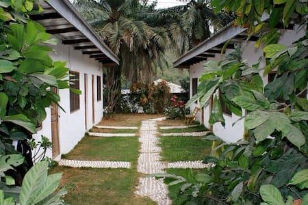 AylosBay Garden restaurant & lodge - Bungalow