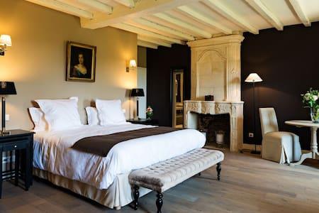 Manoir d'Astrée B&B Saint Emilion - Bed & Breakfast