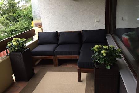 Modern design, sunny studio, perfect location - Bad Bellingen - Apartment