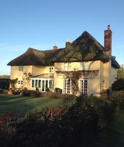 Cosy Single Room in Thatched House - Grateley - Pousada