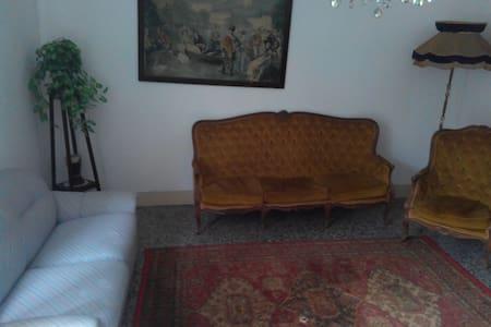 BORGO COLLINARE  500 SLM - Rumah